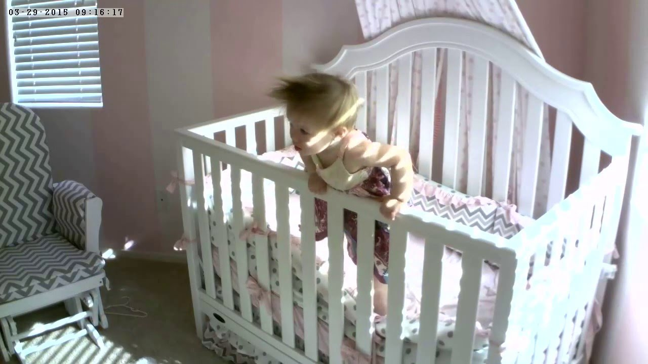 Baby escapes crib youtube - Baby S Escape Attempt From Crib Ends In Fall As Seen On Failarmy