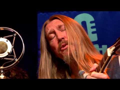 The Wood Brothers - Atlas (eTown webisode #943)