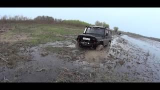 Черный Гелик против Черного Трактора по Русски!