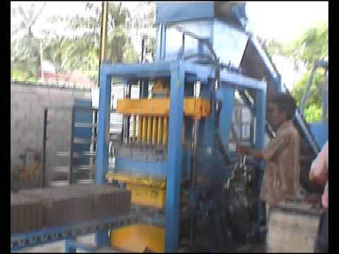 Cement Brick & Concrete Block Machine in Malaysia