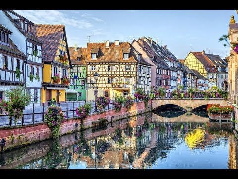 location noel 2018 alsace Colmar Alsace France / Christmas Market Happy New Year Noel 2018  location noel 2018 alsace