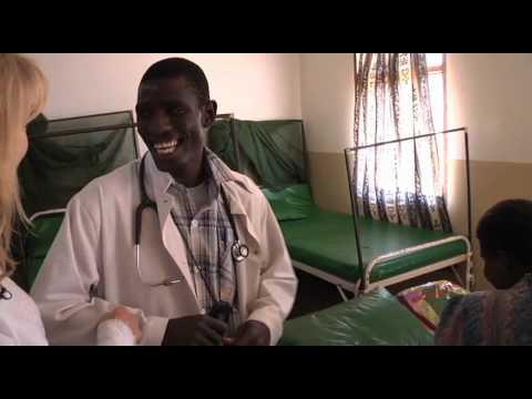 Rebecca Gibney's visit to Malawi: investigating maternal and child health | World Vision Australia