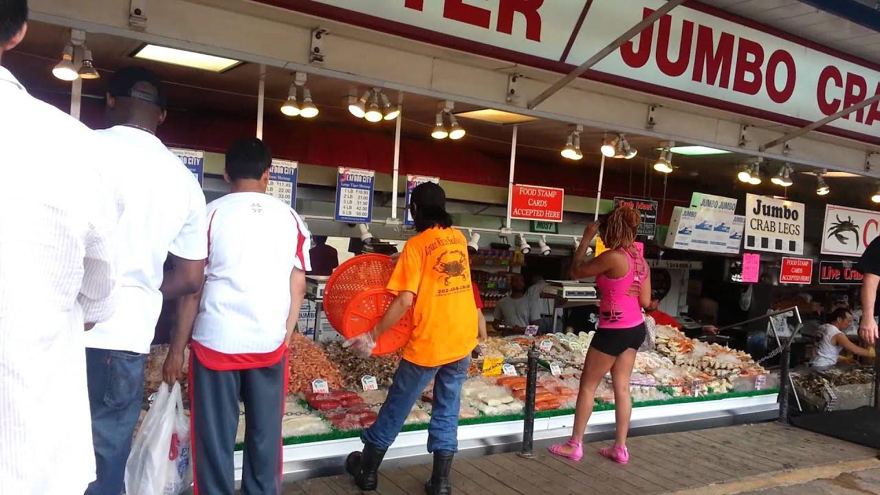 Maine Ave Fish Market In Washington Dc Youtube