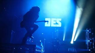 30 seconds to mars HD - Search and Destroy - live, Nürnberg 2011