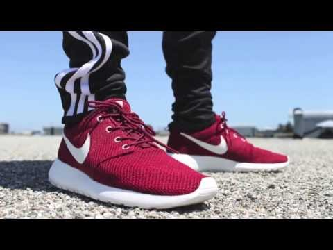 Sneaker Review: Nike Roshe Run Team Red/Sail