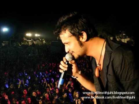 atif aslam best live performance evr(old songs)