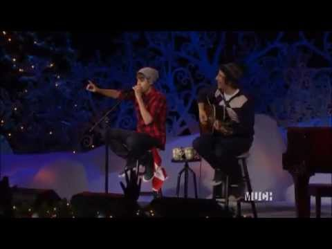 Justin Bieber - Never Say Never Live Performance On Home For The Holidays
