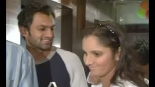 sania mirza and shoaib malik caught in action