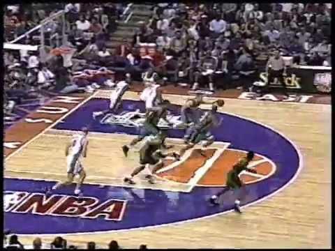 Jalen Rose & Juwan Howard - 1995 Rookie Game Highlights