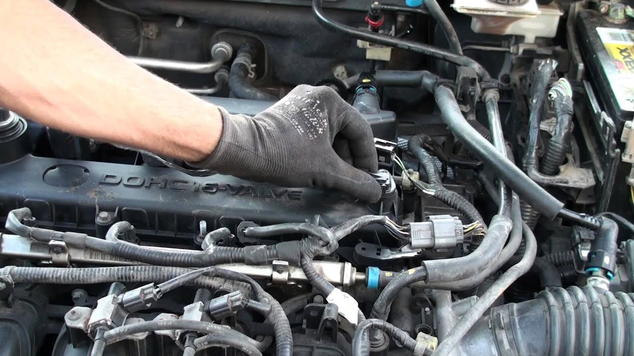 05 Mazda Or Ford 2 3 P0340 Camshaft Sensor Location And