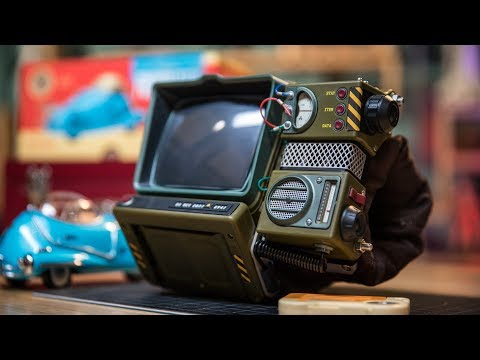 Assembling the Fallout 76 Pip-Boy Kit!