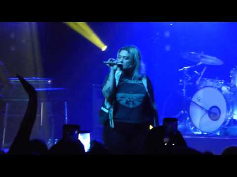 Elle King - Under The Influence - Live at The Fillmore in Detroit, MI on 10-30-16