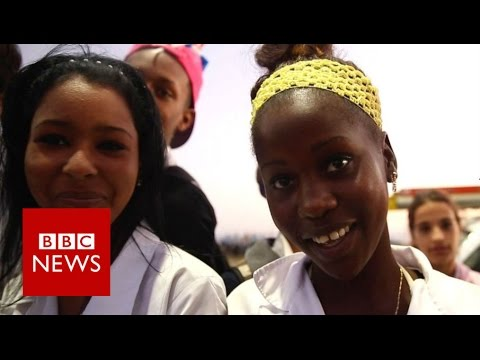 Castro's Cuba says goodbye - BBC News