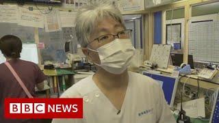 Coronavirus: Tokyo hospitals trying to stay ahead - BBC News