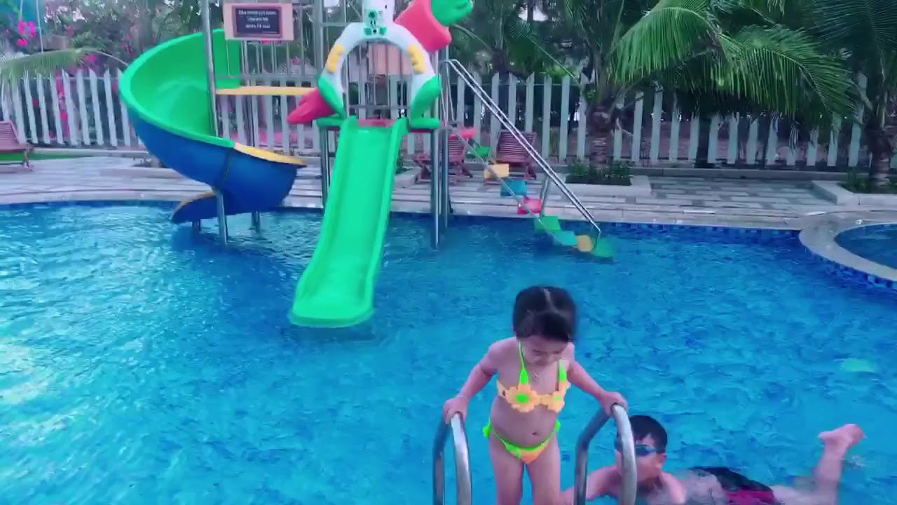 Tắm hồ bơi…TAM NGƯ Phước hải!!