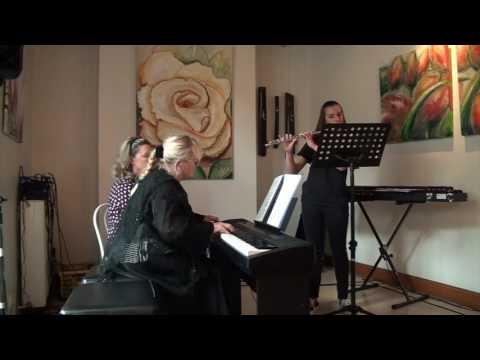 Un cours de piano à l'école de musique Selloise
