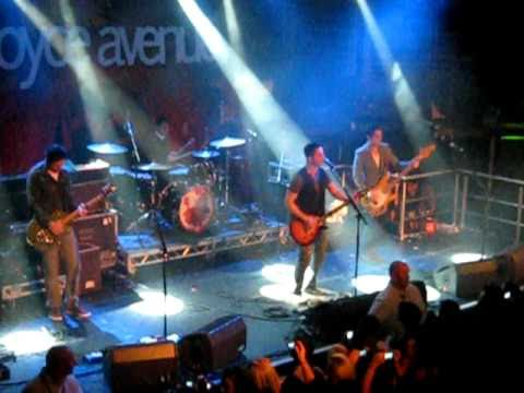 LOVESTONED - BOYCE AVENUE LIVE  (DUBLIN, NOV. 2010)