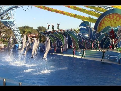 Dolphin Island Christmas at SeaWorld San Diego (12/23/14)