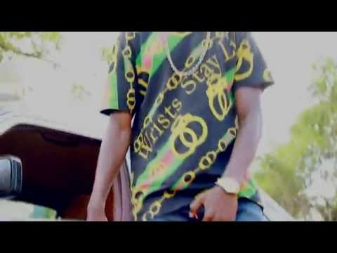 HILEFA -  Ngiah Tax Olo Fotsy feat Bonose Gorilla (Official Video)