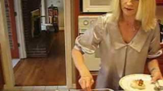 Betty's Baked Chicken Breasts With Sour Cream Gravy