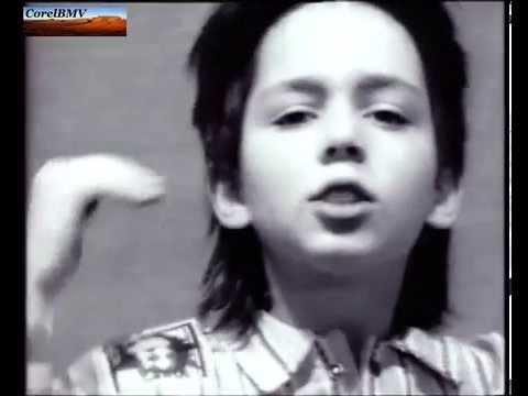 Танцуй, пока молодой- Олег Газманов и Радион Газманов онлайн. Самая первая версия!