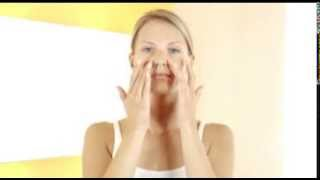 Decleor Face Excellence Night Cream application technique Thumbnail
