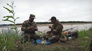 FISHING ON THE RIVER. CATCHING A PIKE ON A HEAVY LURE. FISHING IN THE NORTH.