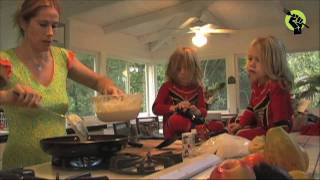 Mother's Day Banana Pancakes Recipe : Tamra Davis ...