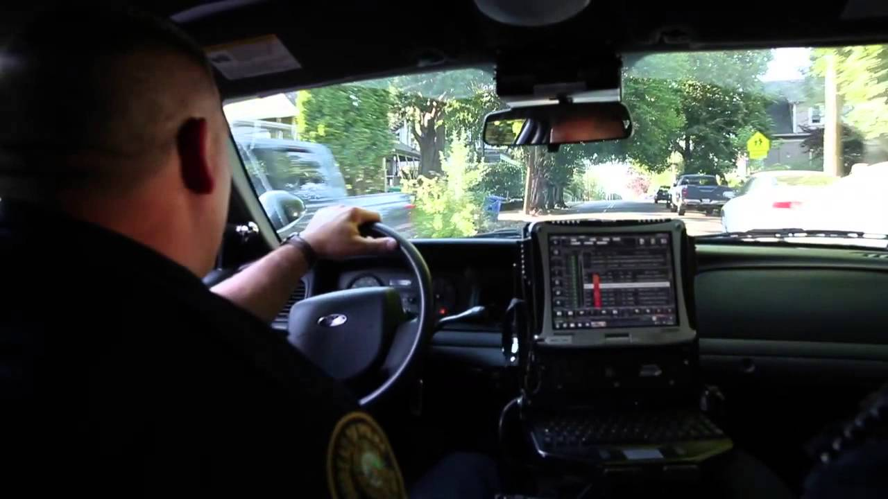 Ride with Portland's Gang Enforcement Team on a call
