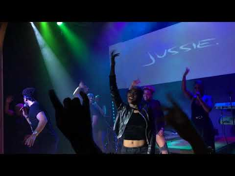 Jussie Smollett - California Love + Youre So Beautiful  in Oakland