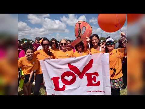 Love Button Global Movement Spreads Love at the March for Our Lives - Parkland