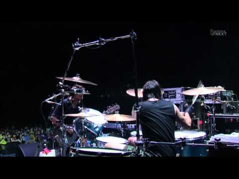 Them Crooked Vultures: Spinning In Daffodils (Live)