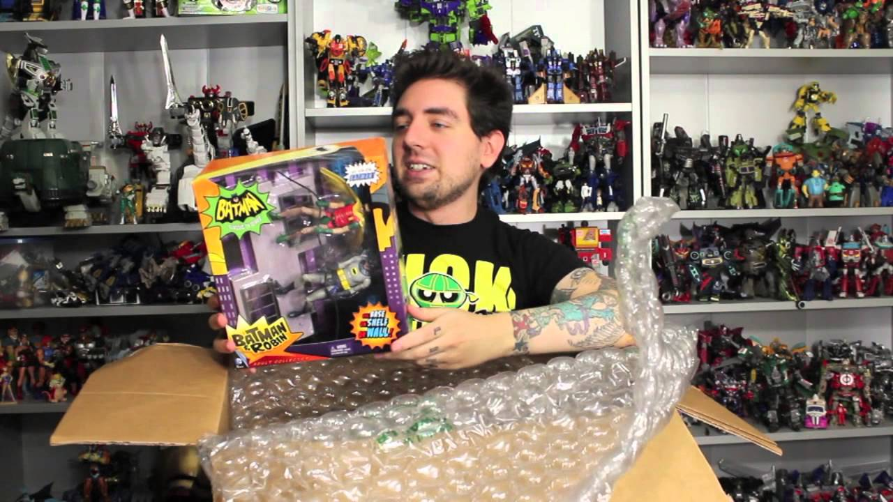 BAM! POW! WAM! It's A KICK A$$ Unboxing From Big Bad Toy ...