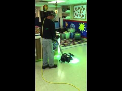 Vinyl Floor Uv Floor Finish Curing With Uv Light In Green