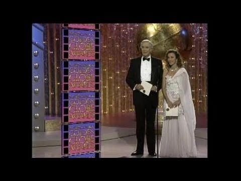 Julia Roberts Wins Best Supporting Actress Motion Picture - Golden Globes 1990
