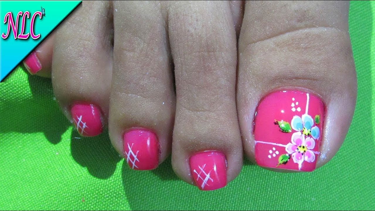 Decoraci n de u as flores para pies flowers nail art for Decoracion de unas de rosas