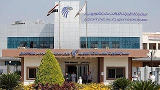 انتشال بقايا بشرية جديدة من موقع تحطم الطائرة المصرية