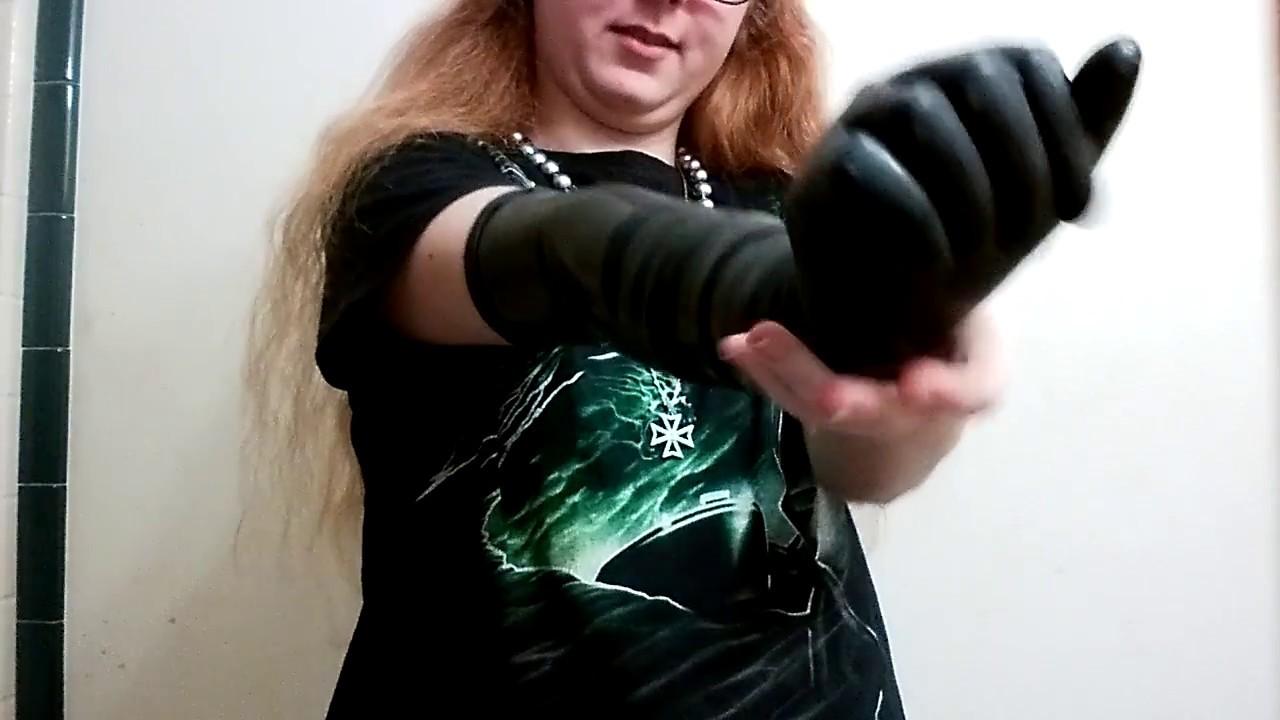 Black vinyl gloves long - Putting On Long Black Latex Gloves