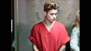 Le cambian los ojos a Justin bieber durante la corte