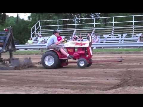 st peters missouri tractorpull