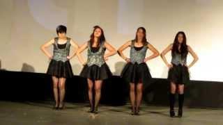Sugar-Sis bailando Baby Maniacs Evento Otashow Teatro Normandie