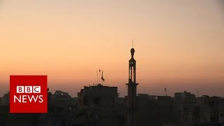Fall of Raqqa: IS fighters seeking a deal to move safely out of the city - BBC News