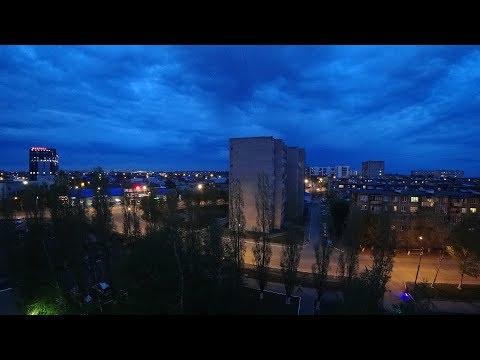 Вечерний Оренбург, ул. 60 лет Октября – таймлапс / Evening Orenburg - Timelapse
