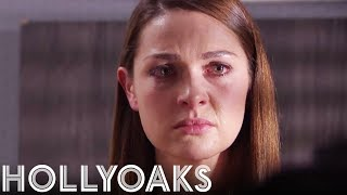 Sienna Returns to the Village! | Hollyoaks