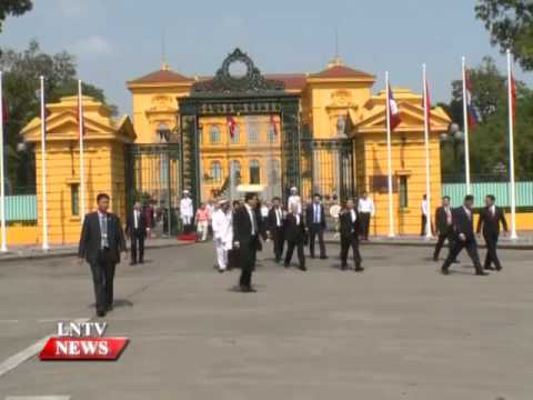 Lao NEWS on LNTV: President is leading a high-ranking delegation on a visit to Vietnam.26/4/2016