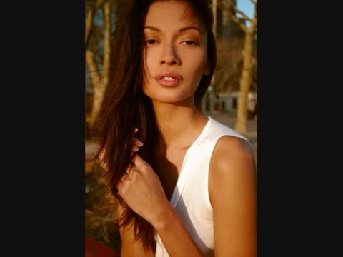 Download Americas Next Top model Extreme Cycle 8 Episode 9