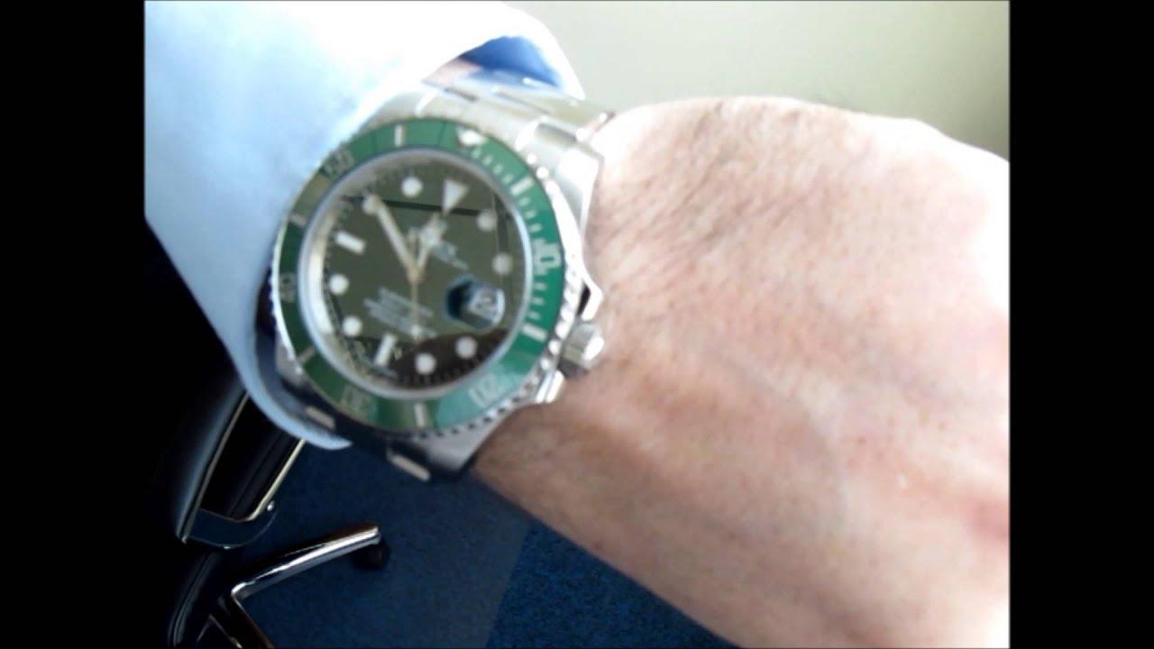 Rolex submariner green on wrist