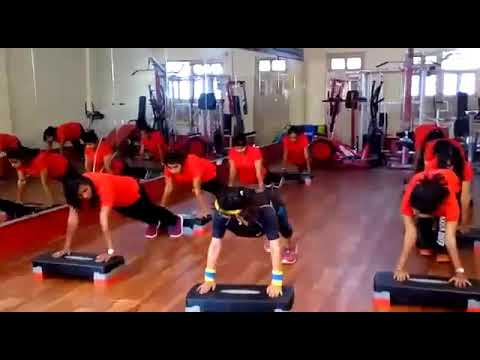 #Yogavideo (2) #yoga #fithealth #fitbody #gym #paparituku #pari_priya #bollywoodmusic #gymshoot