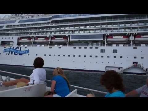 Tender boat going from Norwegian Dawn to Samana