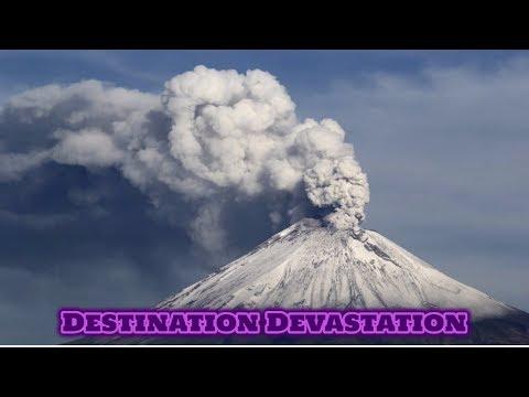 Large strong eruption! Ashfall, Popocatepetl volcano, Mexico.